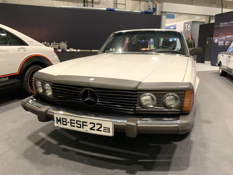 Mercedes-Benz ESF 22
