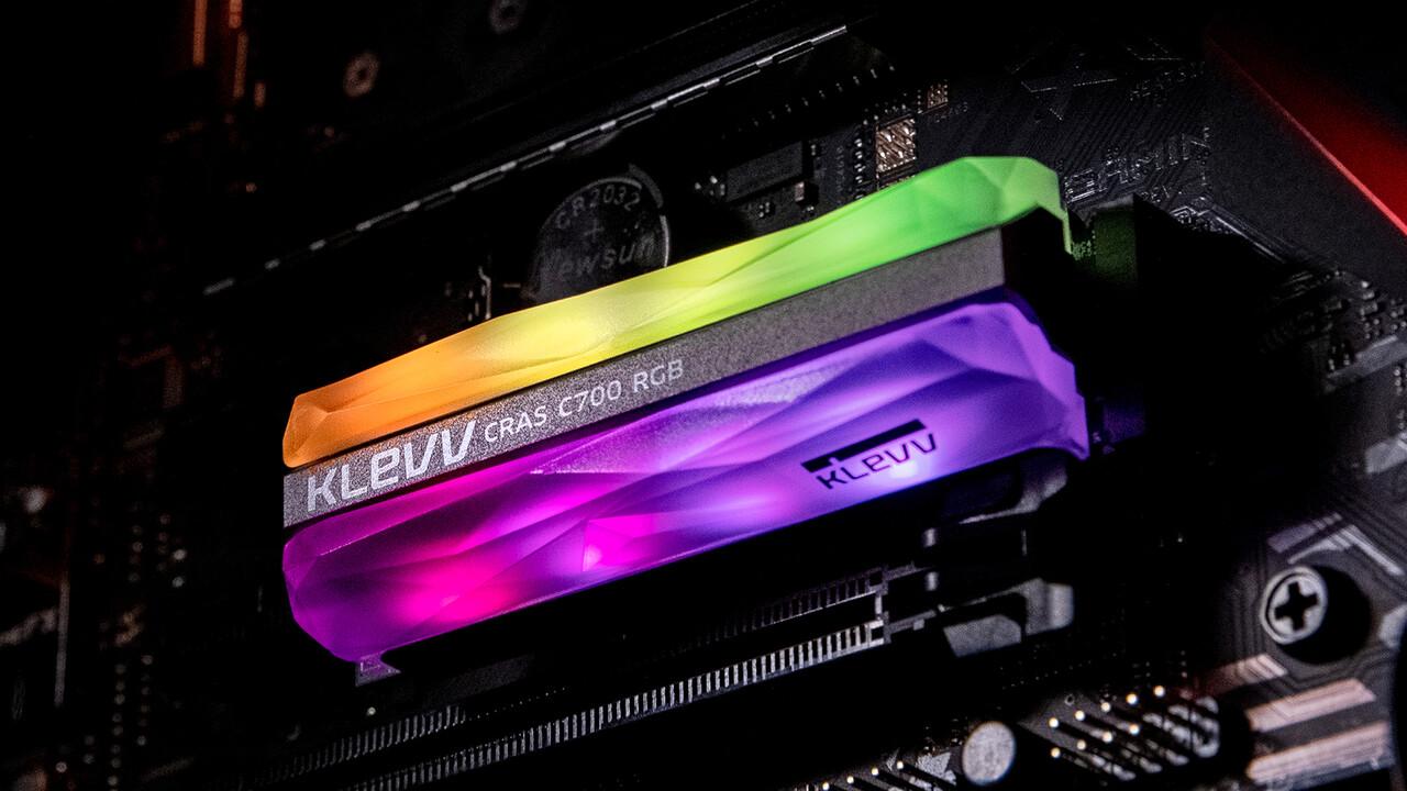 Klevv CRAS C700 RGB: M.2-SSD mit 1.500 MB/s leuchtet in vielen Farben