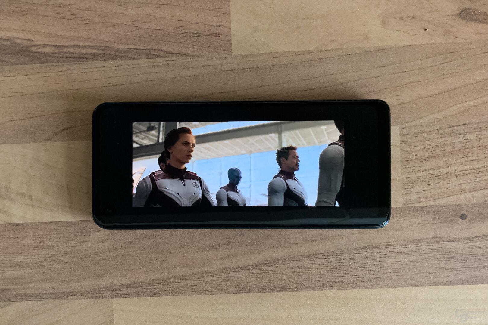 """Ein YouTube-Video in 21:9 in """"Originalgröße"""""""