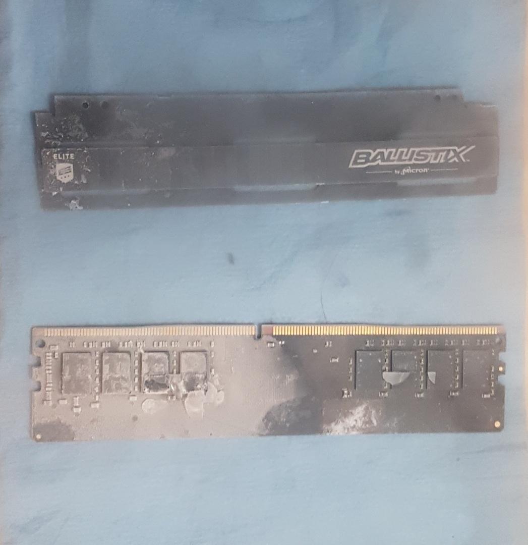 Das 8 GB DDR4-3600 Modul nach dem erfolgreichen Rekordversuch