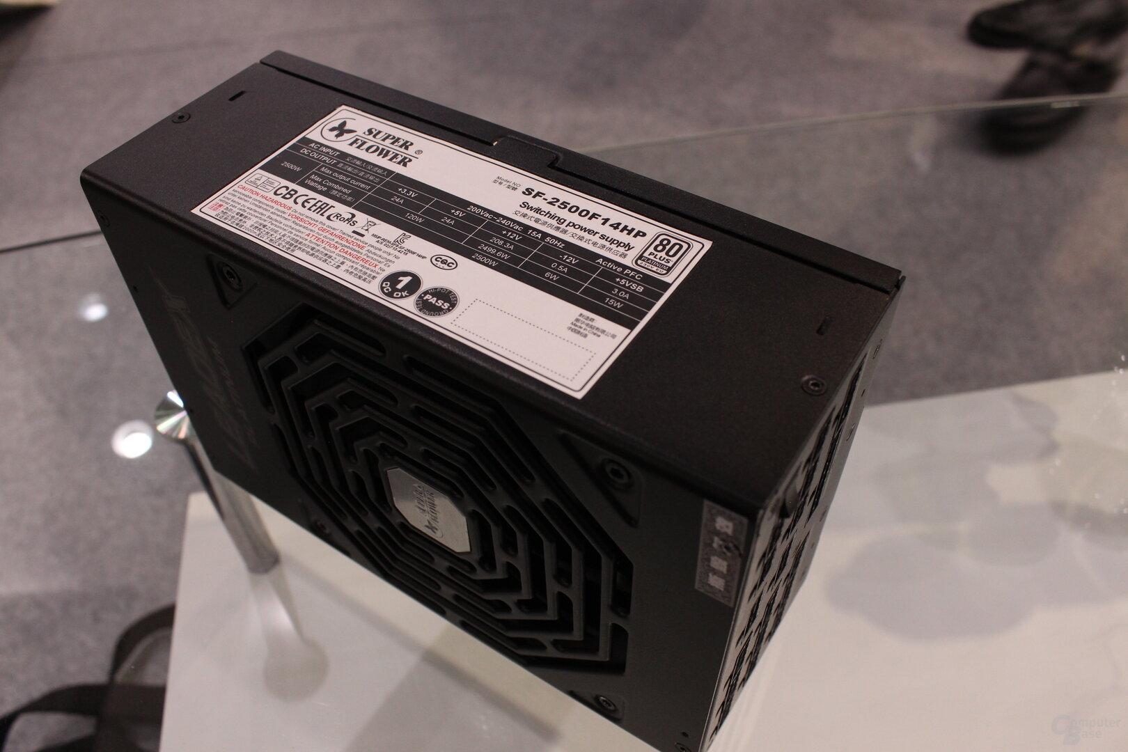 Super Flower Leadex Platinum 2.500W