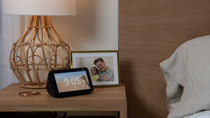 Amazon Echo Show 5: Alexa-Display mit Kameraabdeckung kostet nur 90 Euro