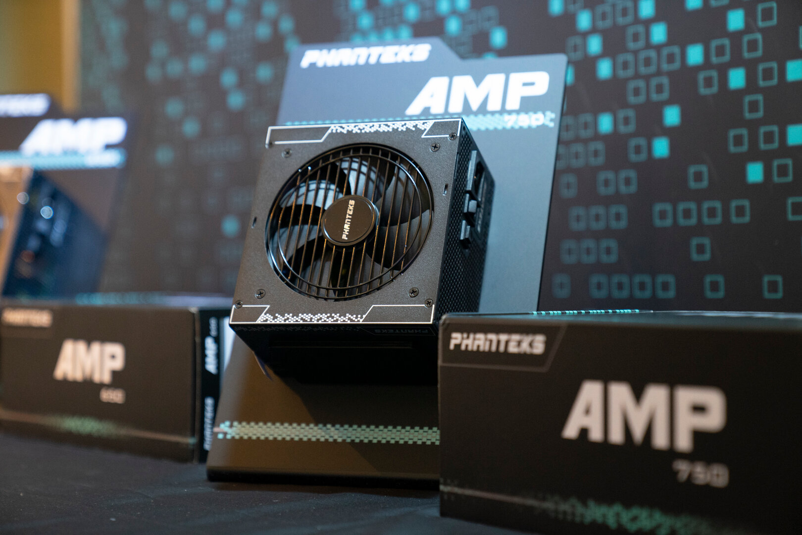 Phanteks AMP