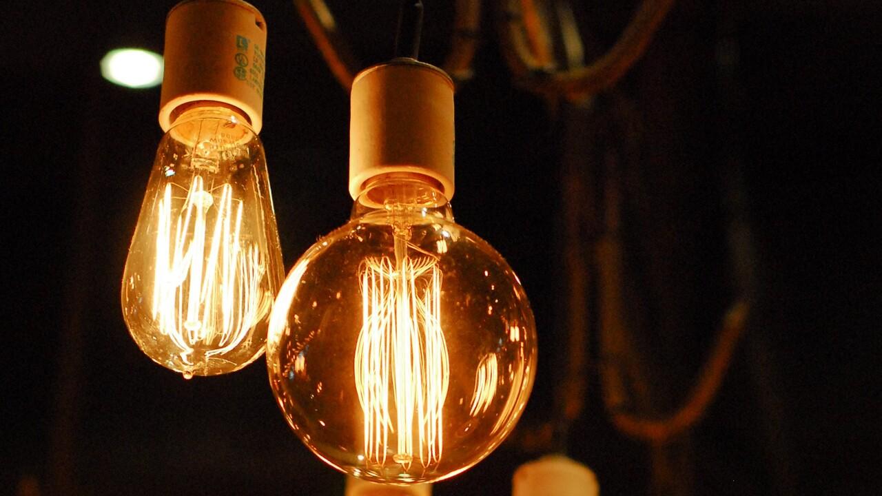 Philips Hue: Neue LED-Fadenlampen und Schalt-Steckdose im Herbst