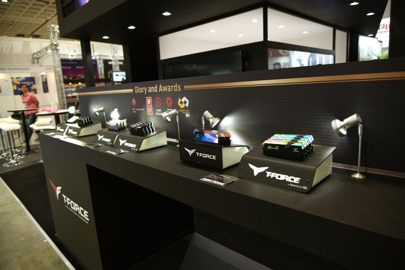 Team Group Computex 2019 – ausgestellter T-Force DDR4-RAM aller Klassen
