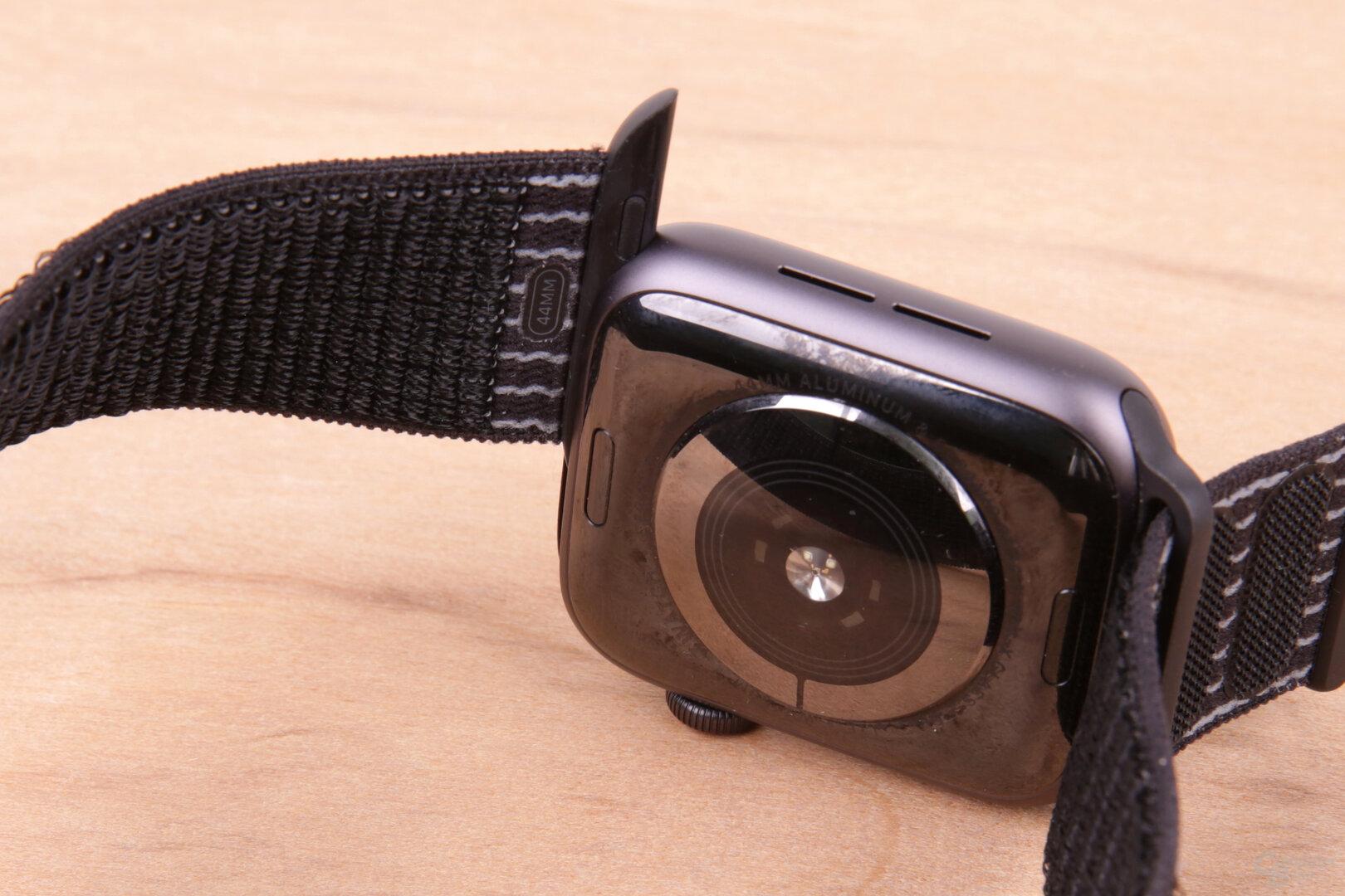 Sport Loop Armband der getesteten Nike-Variante
