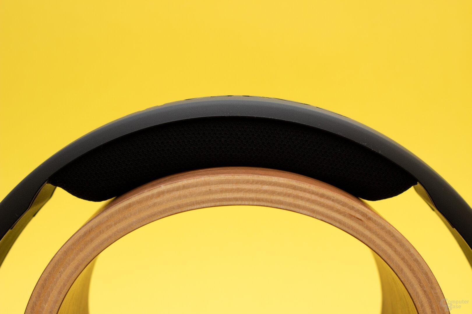 Der Schaumstoff unter dem Bügel sorgt für einen guten Sitzkomfort