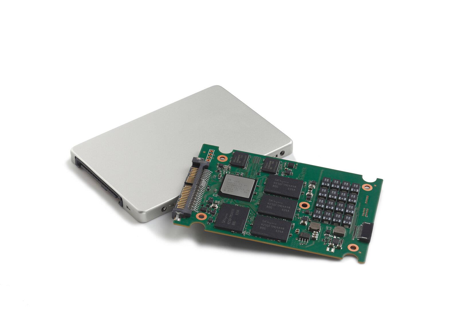 Neue Enterprise-SSD von SK Hynix mit eigenem Controller