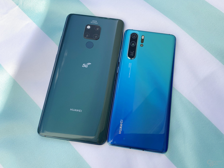 Riesiges Huawei Mate 20 X 5G neben P30 Pro