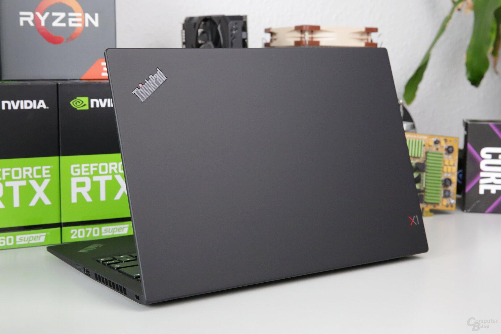 ThinkPad X1 Carbon G7 in mattem Schwarz