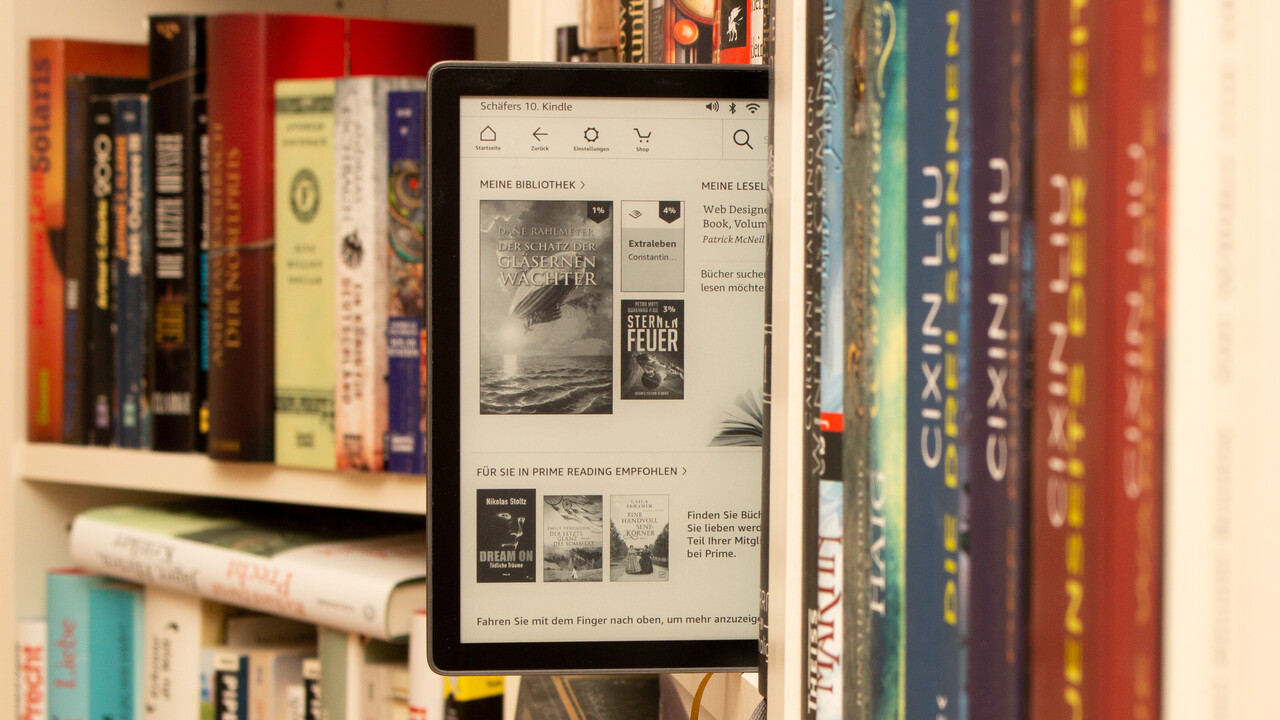 Kindle Oasis 2019 im Test: Amazons erster E–Book–Reader mit Blaulichtfilter