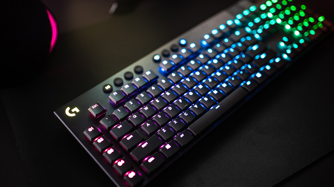 Logitech-Tastaturen: G915 Lightspeed und G815 Lightsync RGB sind für Gamer