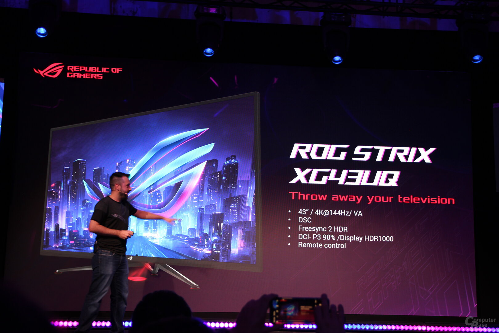 Asus ROG Strix XG43UQ