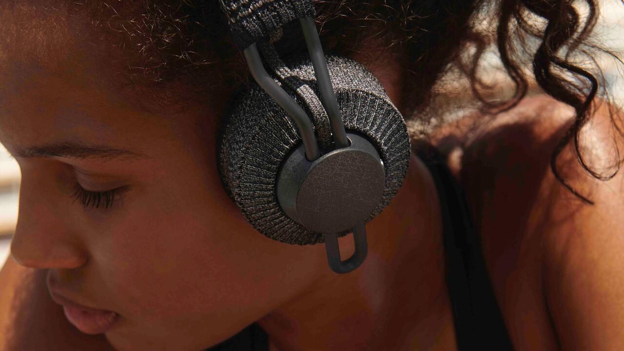 Adidas: Zwei neue Over- und In-Ear-Sport-Kopfhörer mit viel Stoff