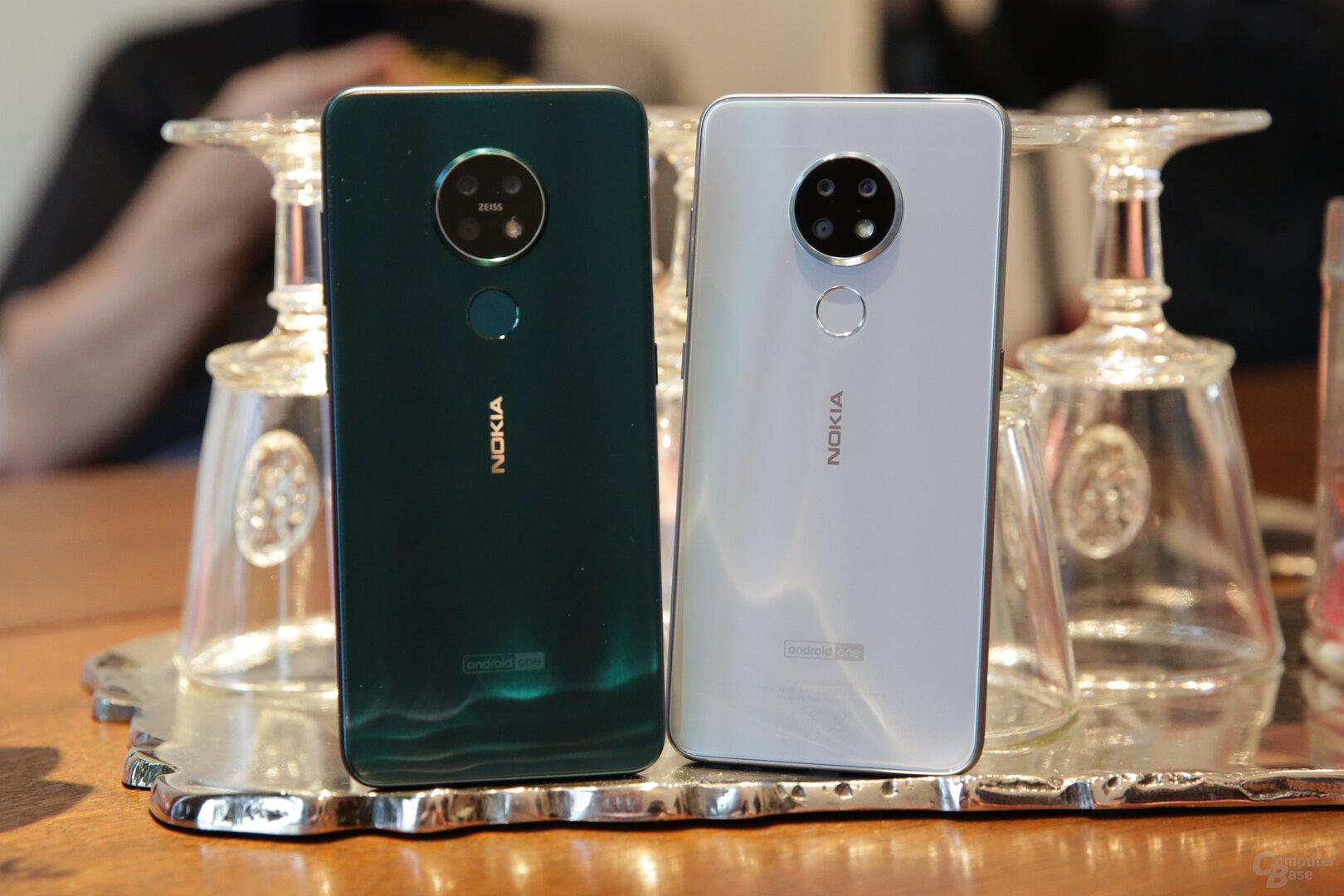 Nokia 7.2 (links) und Nokia 6.2