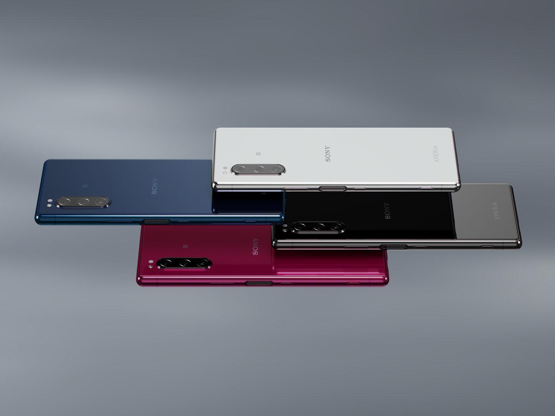 Das Sony Xperia 5 kommt in Schwarz, Grau, Blau und Rot