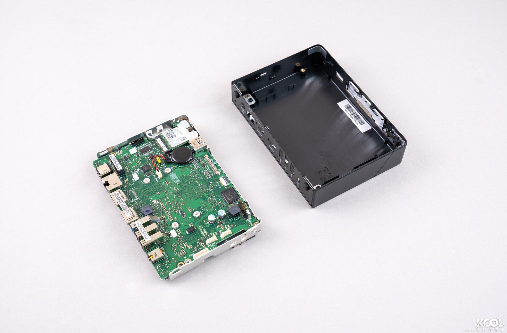 Intel NUC 8 Rugged