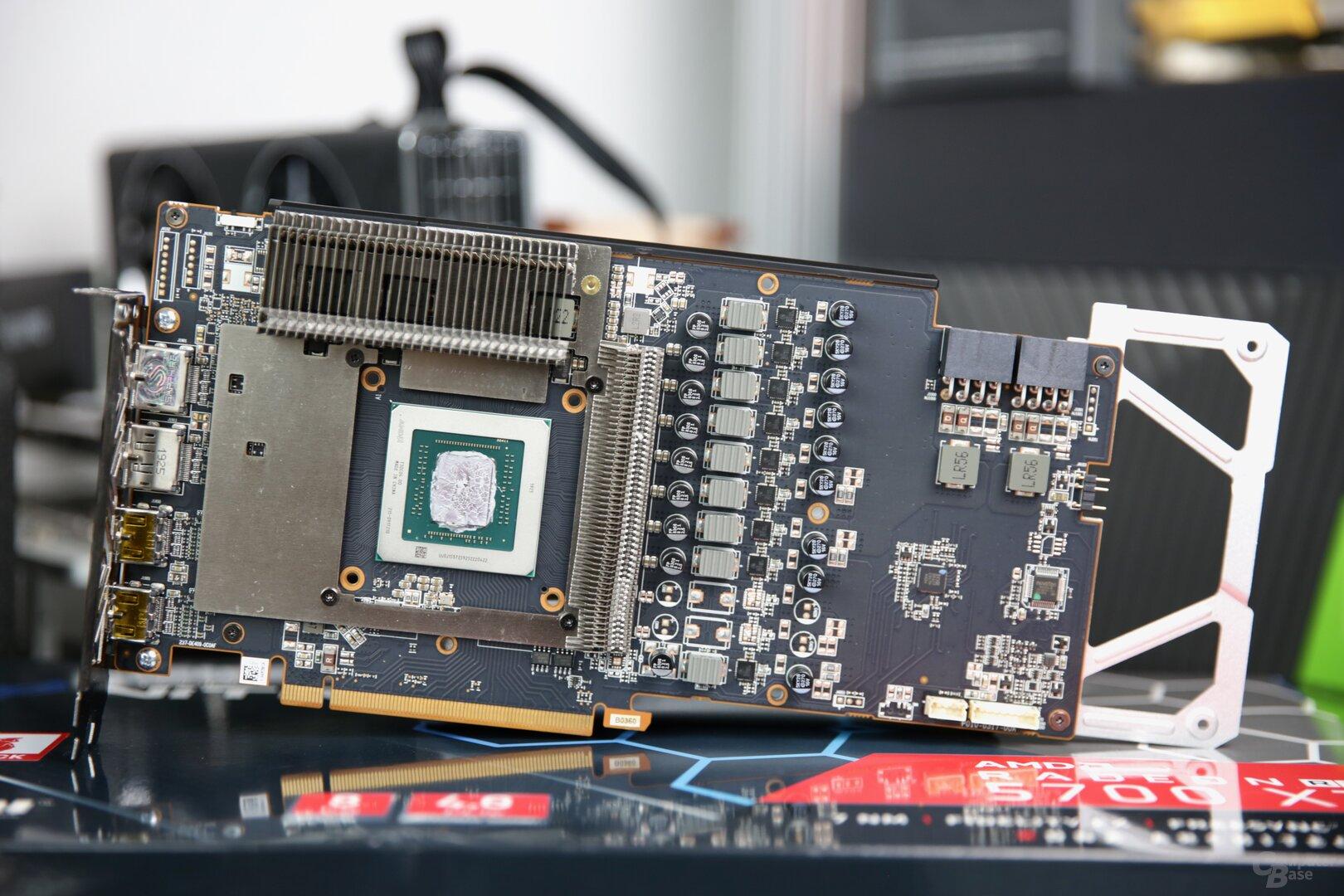 Das PCB der Sapphire Radeon RX 5700 XT Nitro+