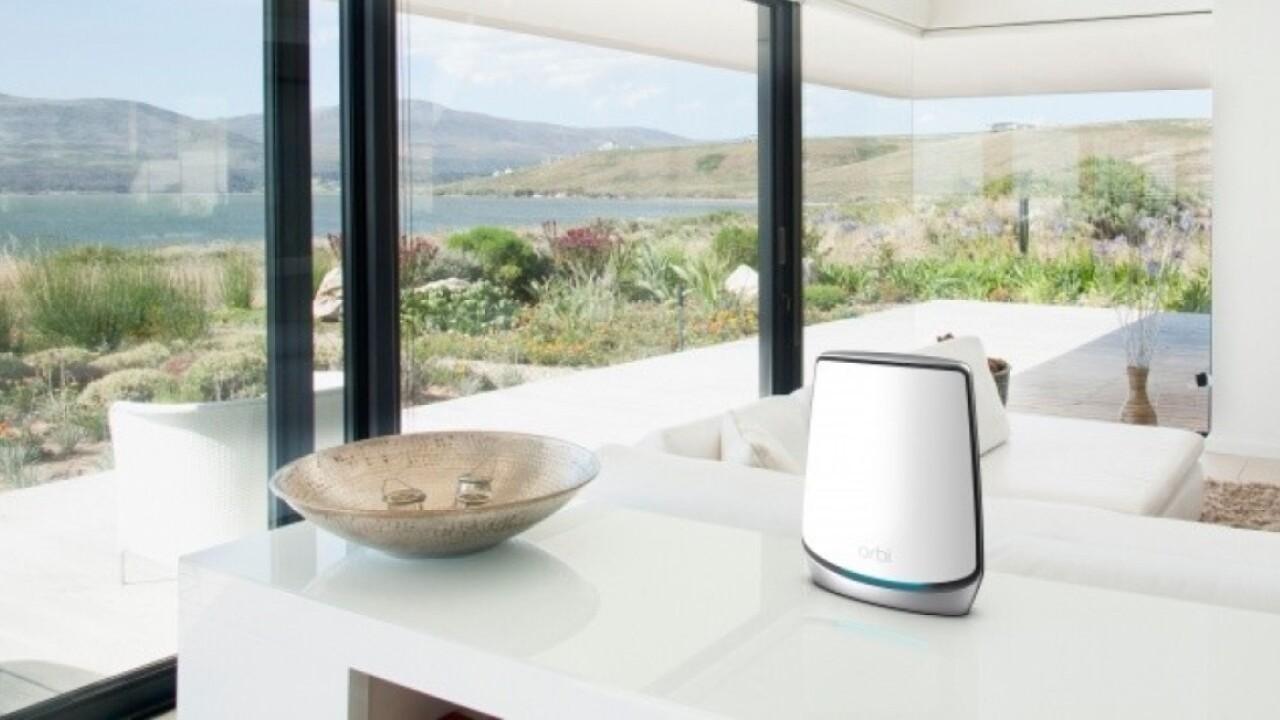 Netgear Orbi Wi-Fi 6 (AX6000): Triband-Mesh-System mit 2,5-Gbit-WAN kostet ab 799 Euro