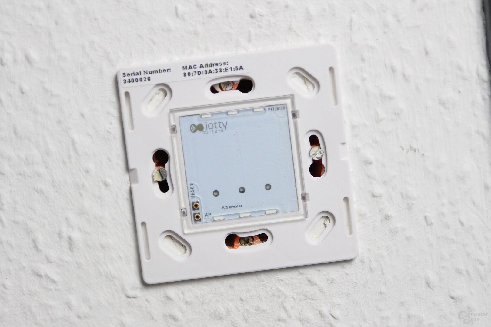 Iotty Smart Switch: Eingebauter Schalter ohne Glasplatte