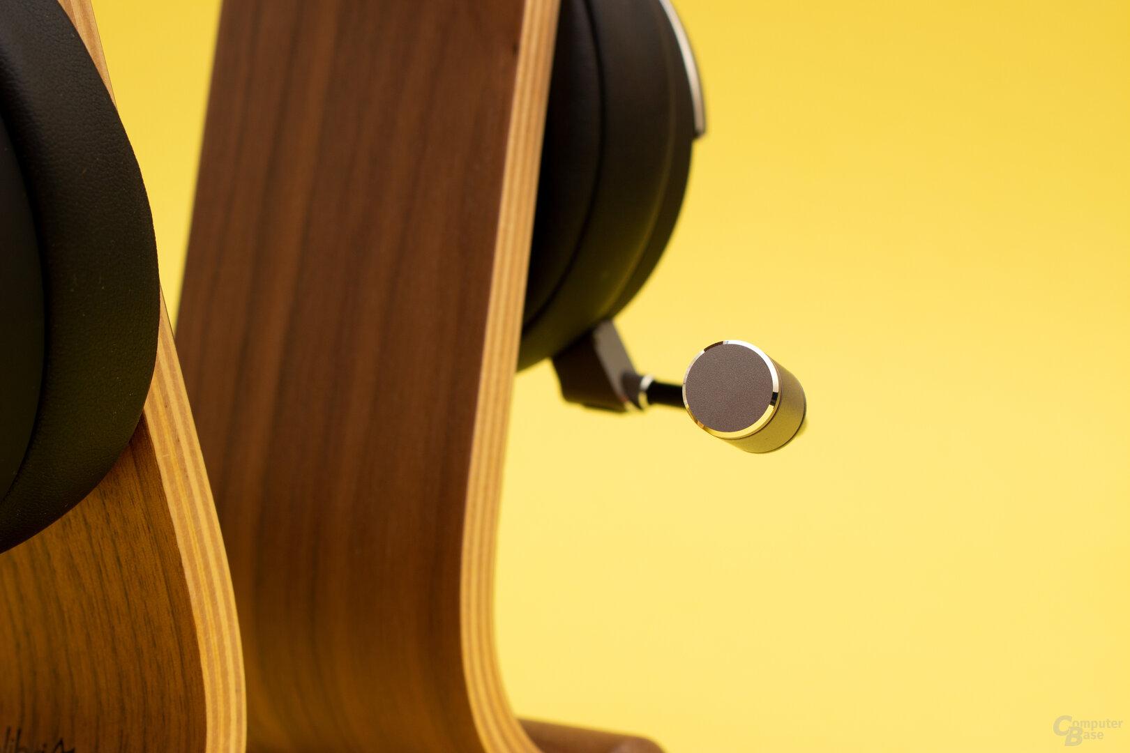 Das Mikrofon des Virtuoso RGB Wireless SE liefert eine solide, aber keine überragende Qualität