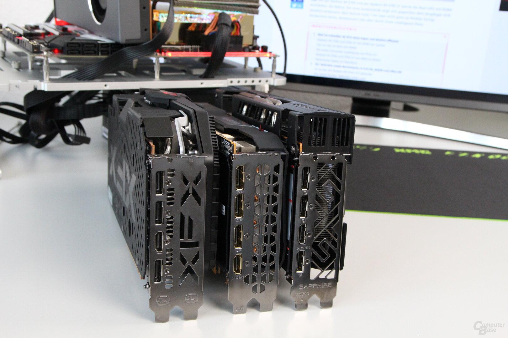 XFX RAW 2 (Links), Gigabyte Gaming OC (Mitte) und Sapphire Pulse (Rechts)