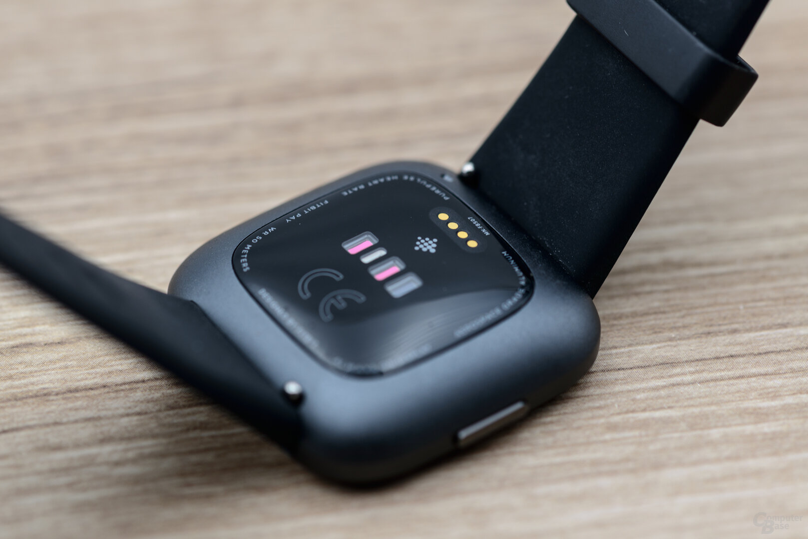 Fitbit Versa 2: Unterseite