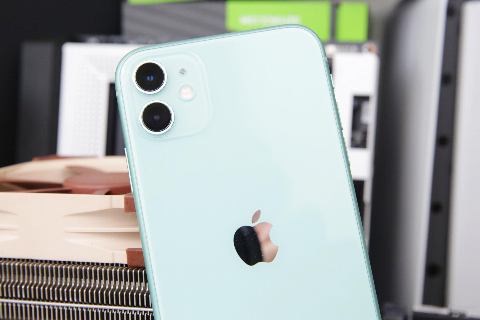 Dual-Kamera des iPhone 11 mit Weitwinkel und Ultraweitwinkel