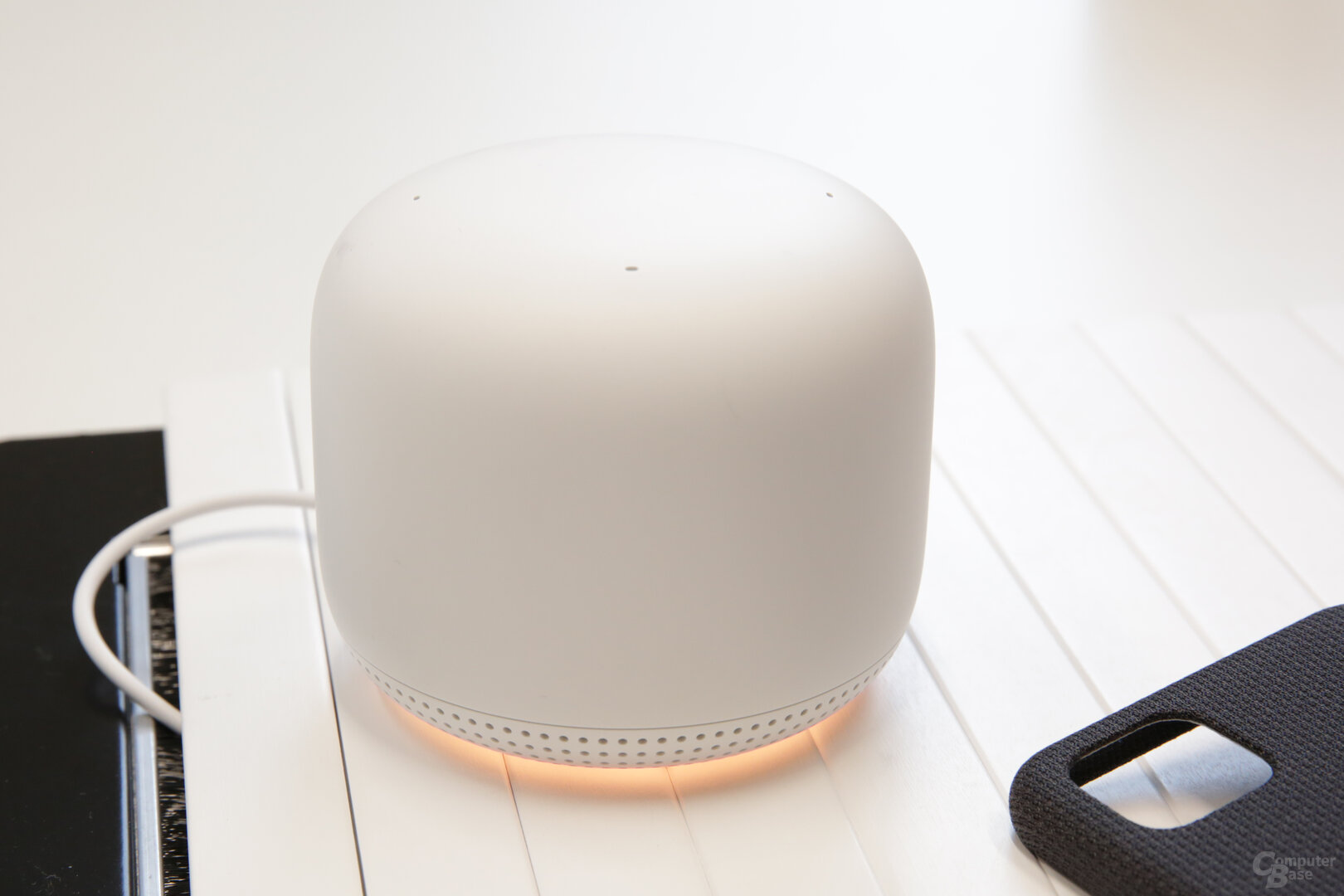 In jedem Access Point steckt ein Nest Mini mit Google Assistant