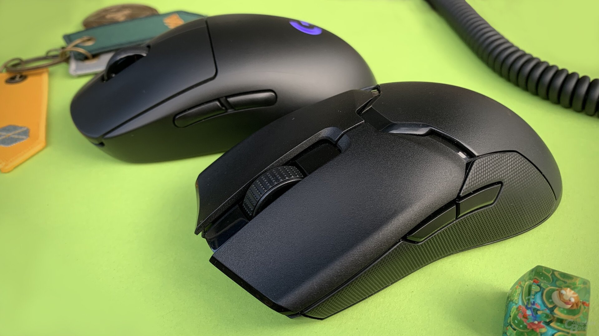 Razer Viper Ultimate & Logitech G Pro Wireless