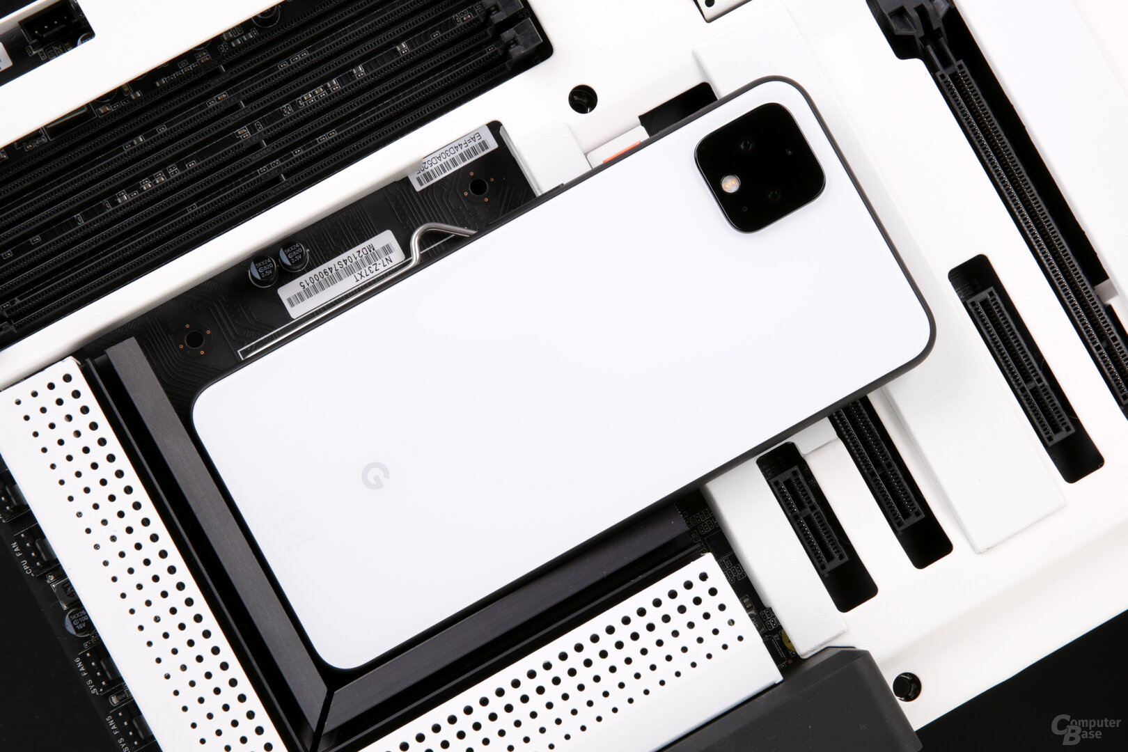 Google Pixel 4 XL in Clearly White