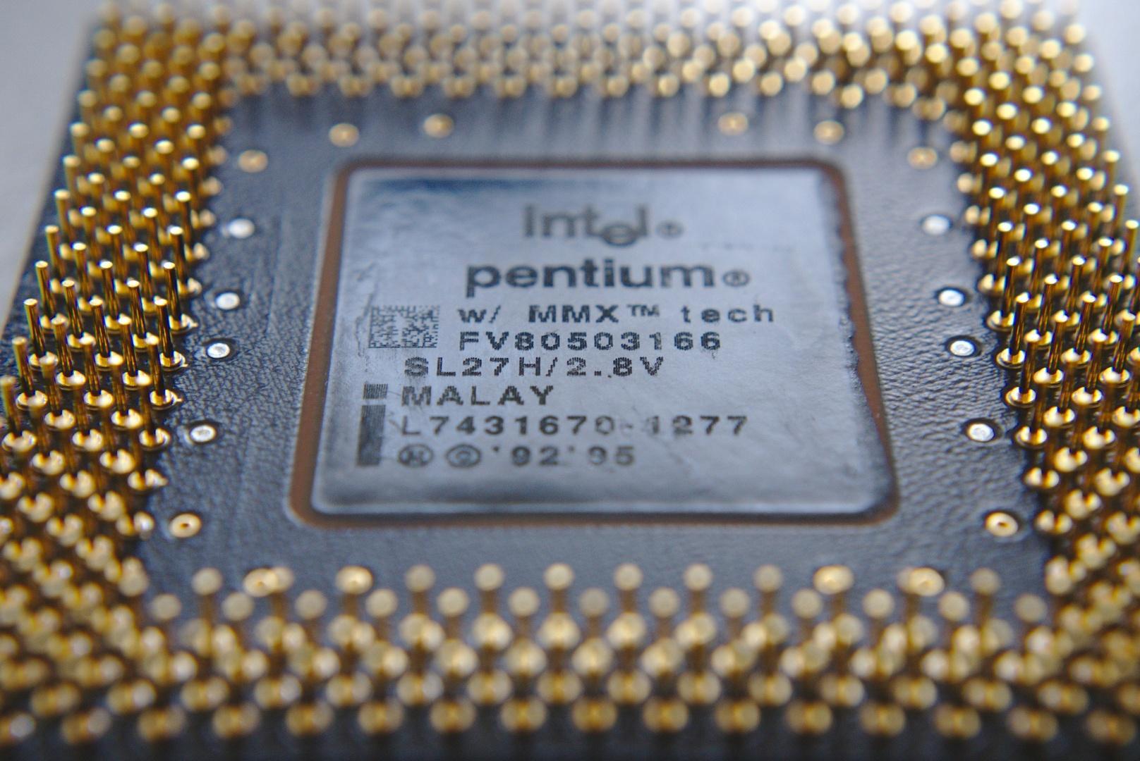 Ein Intel Pentium MMX von 1995