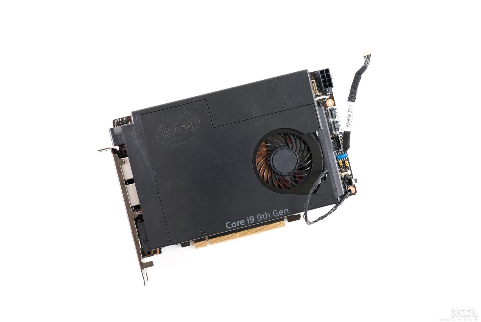 "Intel Ghost Canyon alias ""NUC 9 Extreme"" (Prototyp)"