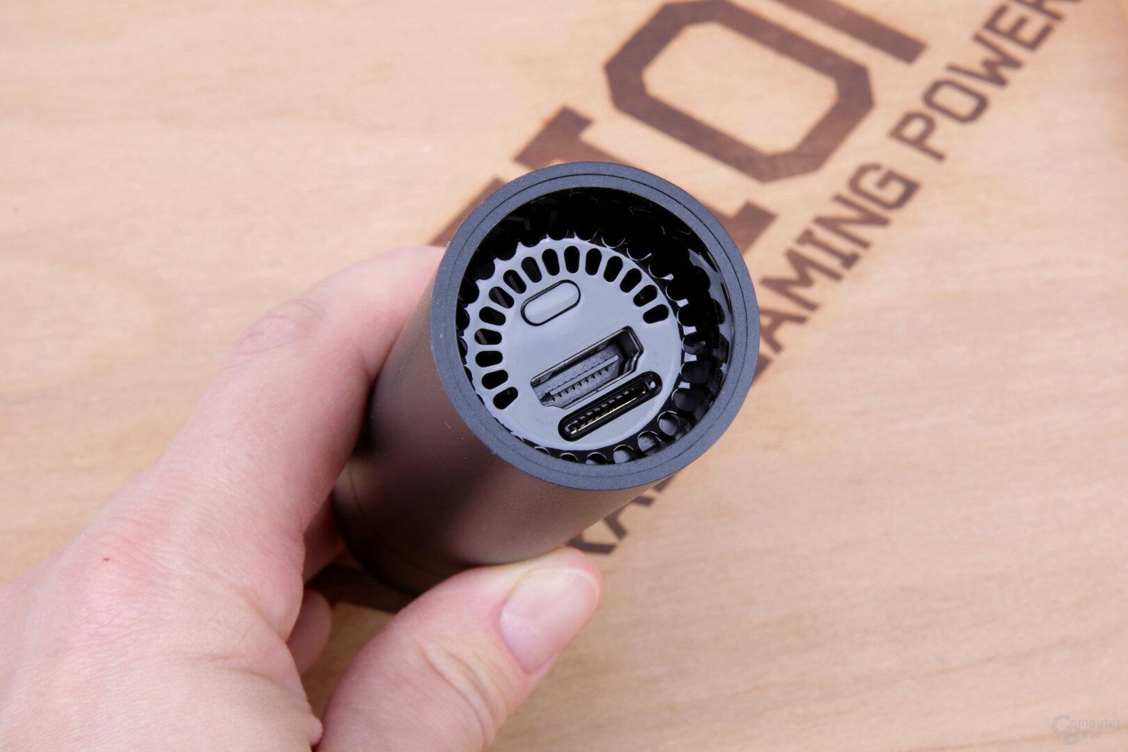 Anschlüsse für HDMI und microSD