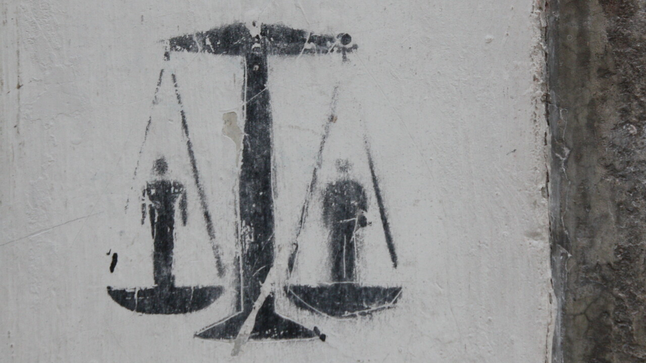 Soziale Netzwerke: Staatsanwalt kritisiert Meldepflicht für Hassbeiträge