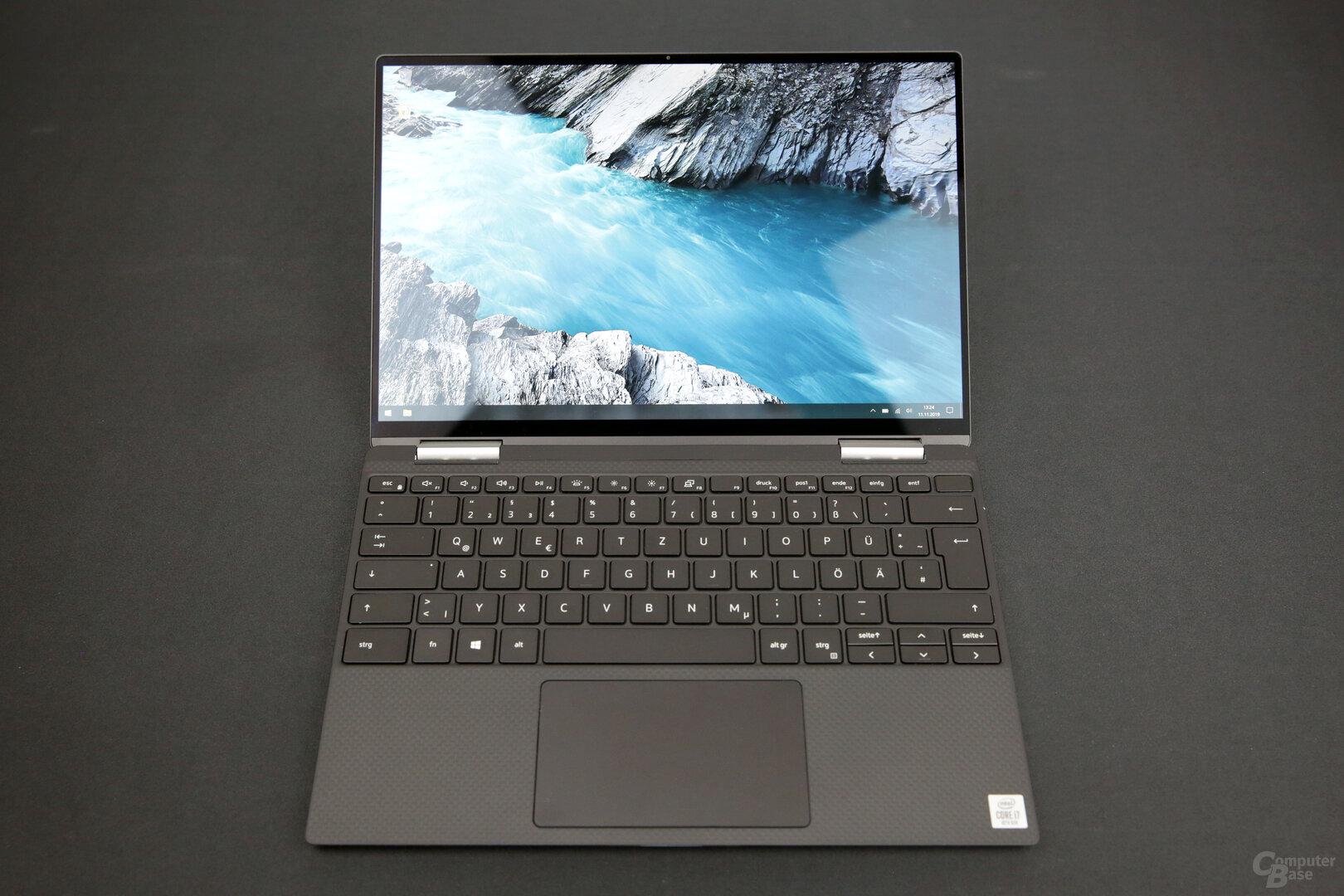 Neue Tastatur mit größeren Tasten und ein größeres Touchpad