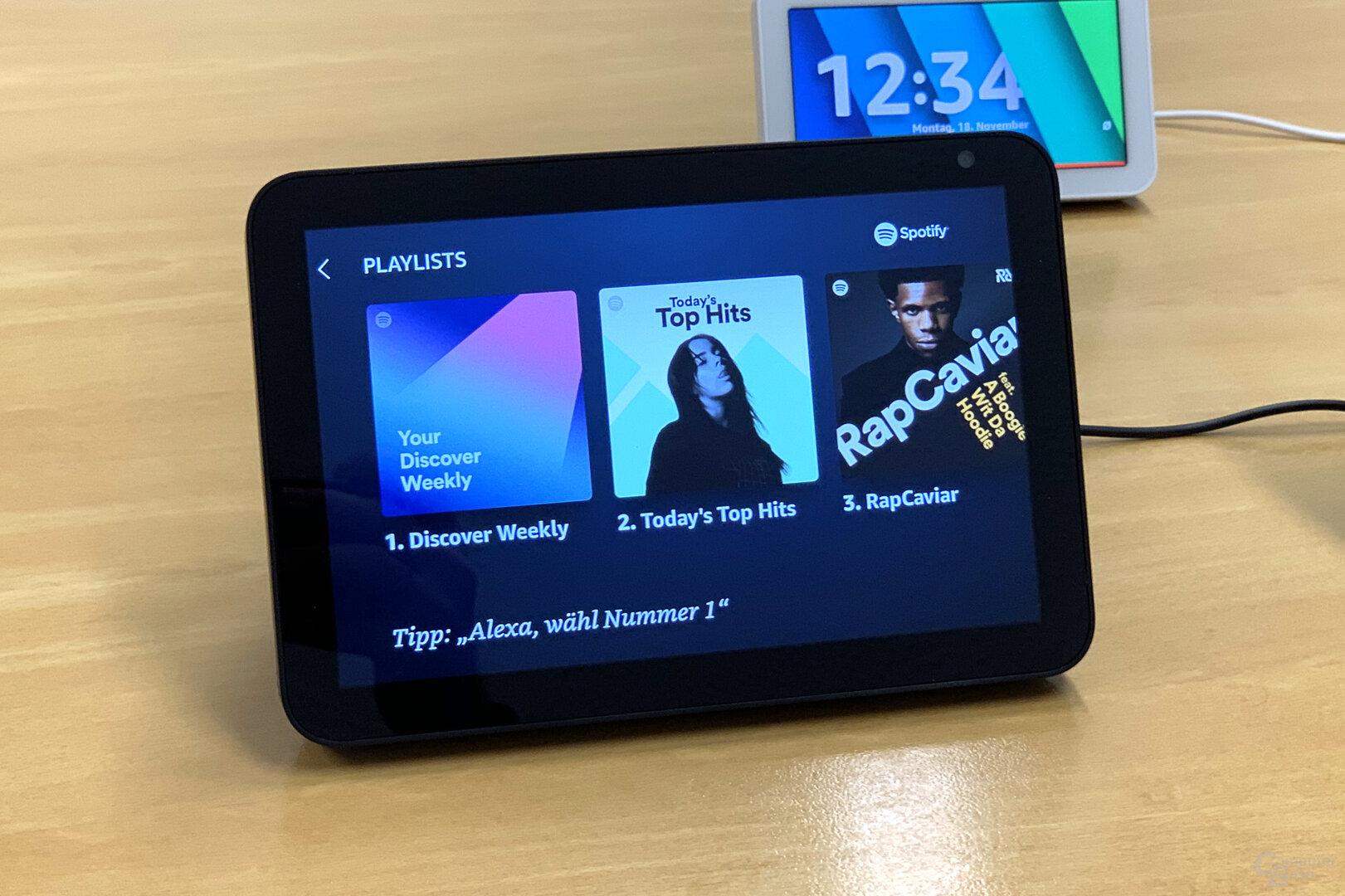 Amazon Echo Show 8: Playlisten auf Spotify