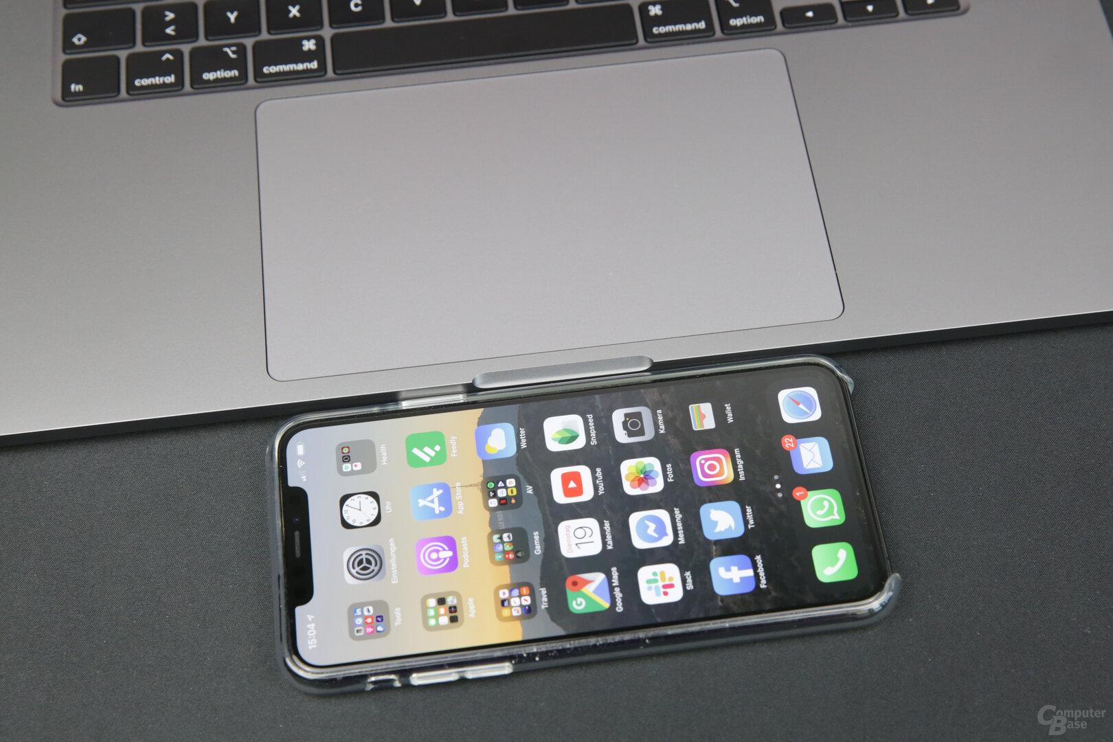 Das Trackpad ist größer als das Display eines iPhone 11 Pro Max