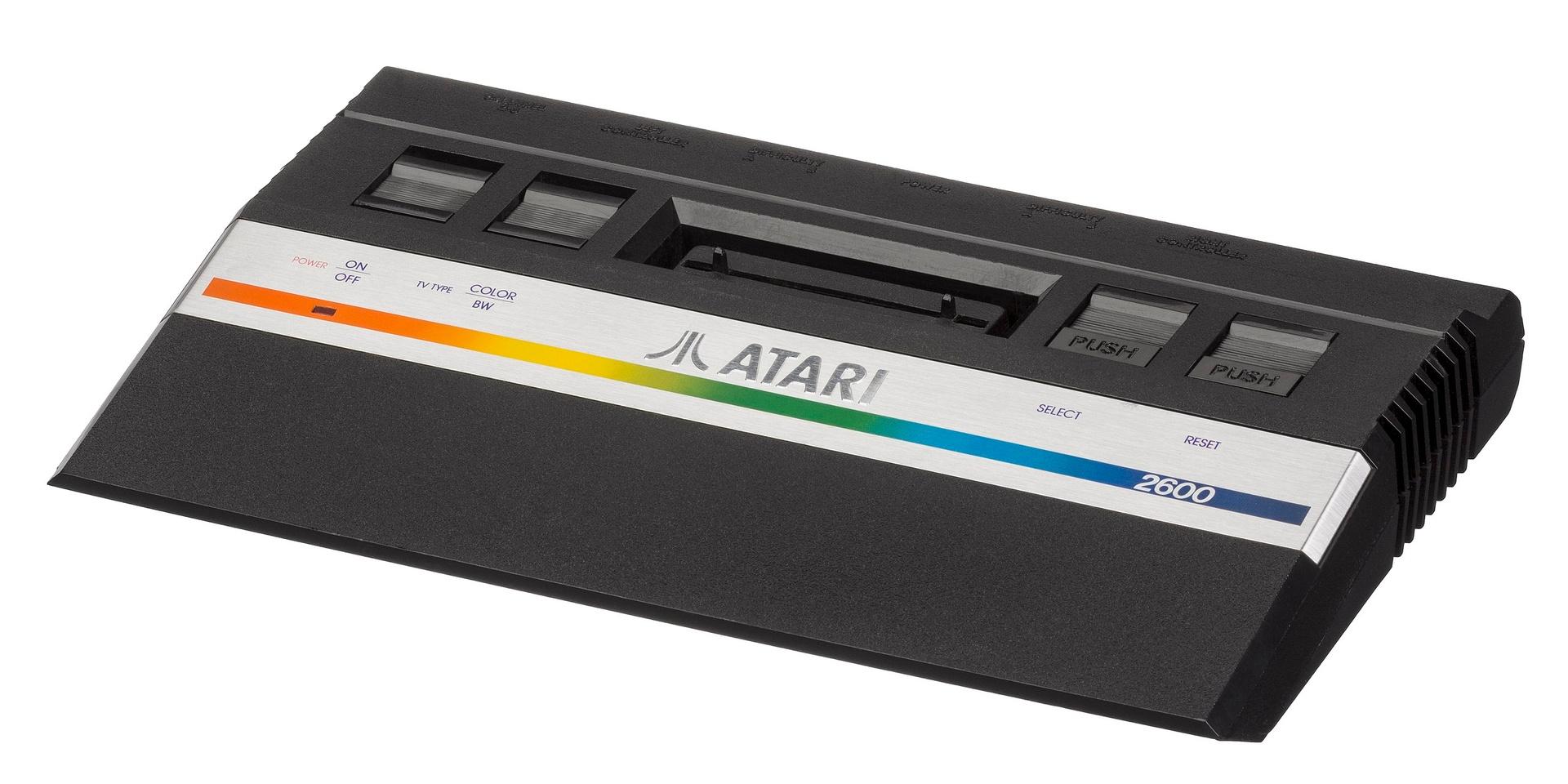 ...und der Atari 2600 jr. (Modell 1986)