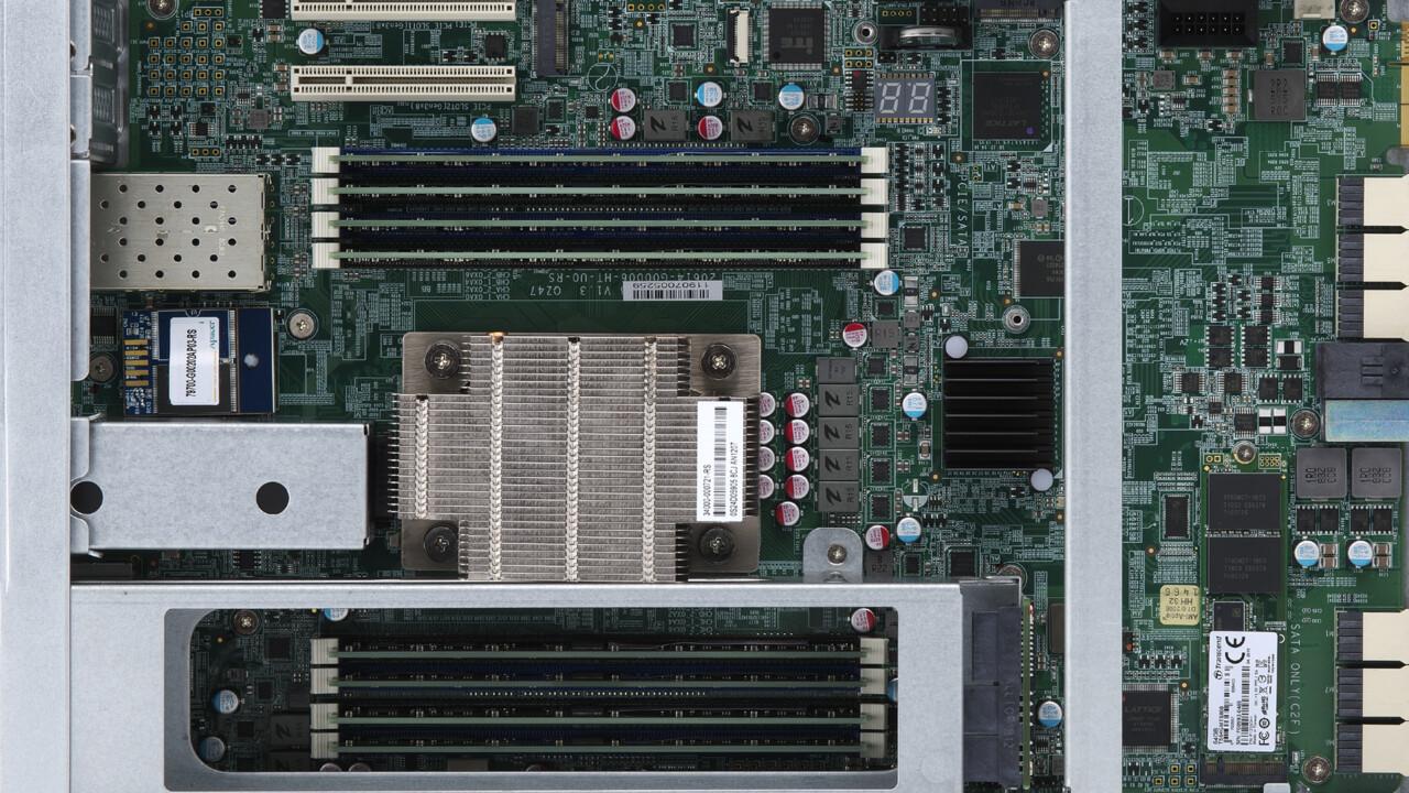 ES2486dc: QNAPs ZFS-NAS mit All-Flash-Arrays startet bei 14.000 Euro