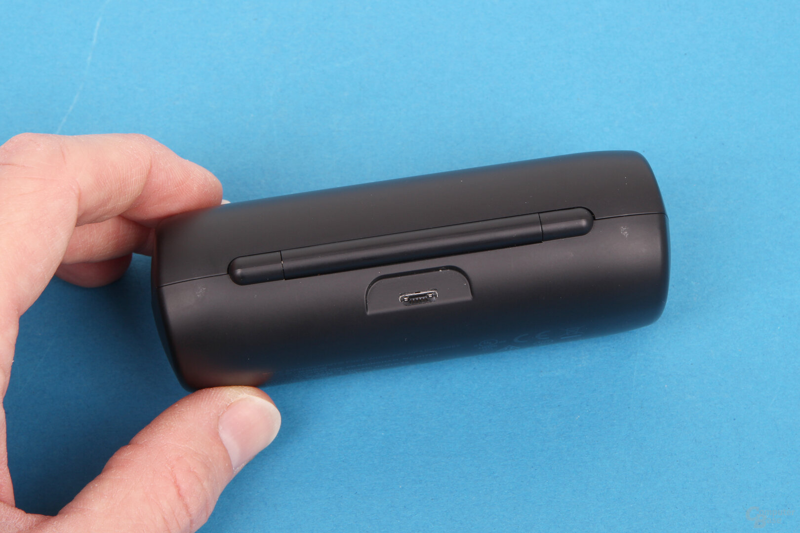 Micro-USB am Ladecase der Bose SoundSport Free