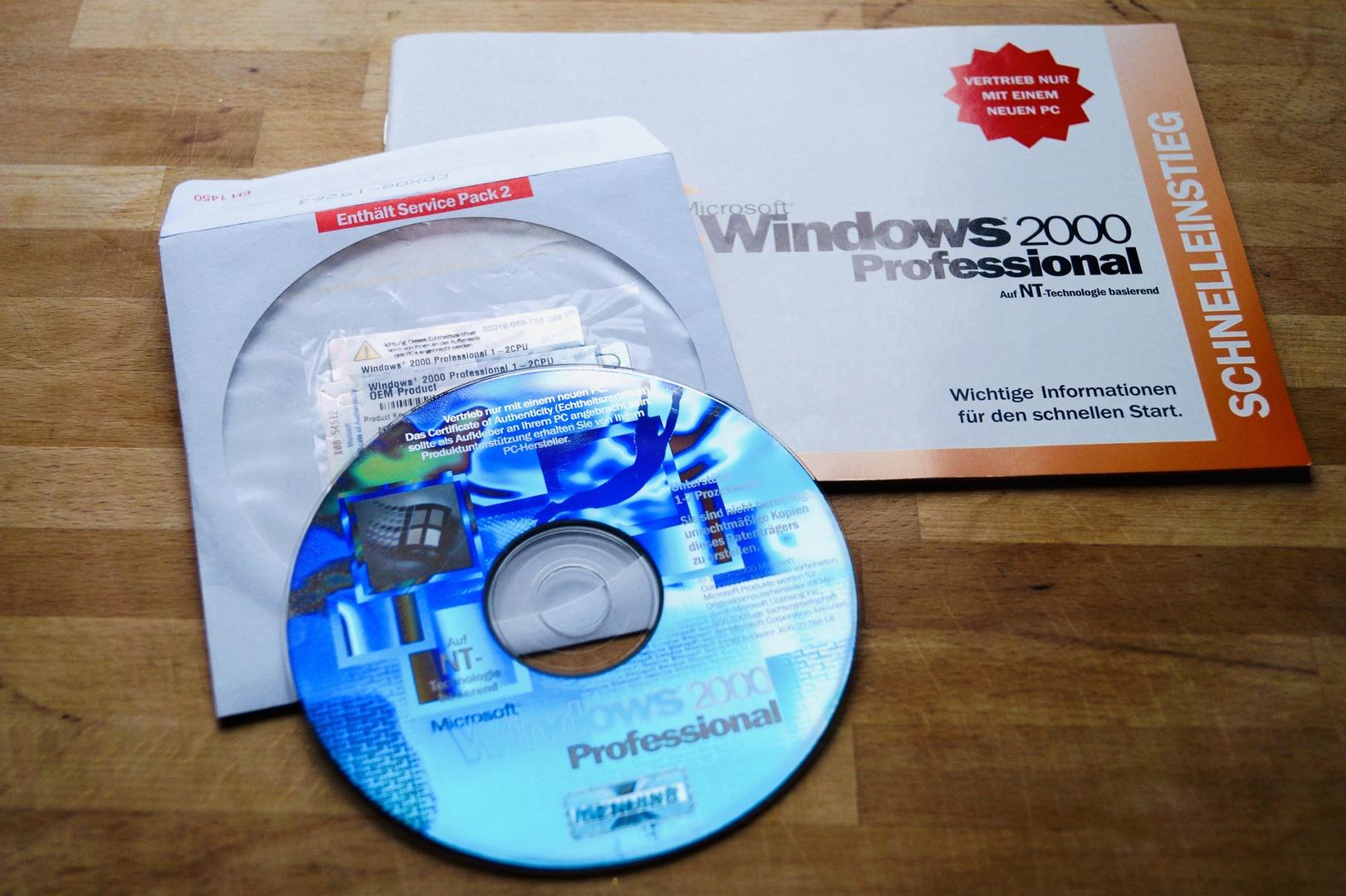 Für Platz 2 gibt es ein Windows 2000 Professional inklusive Key und Original-CD