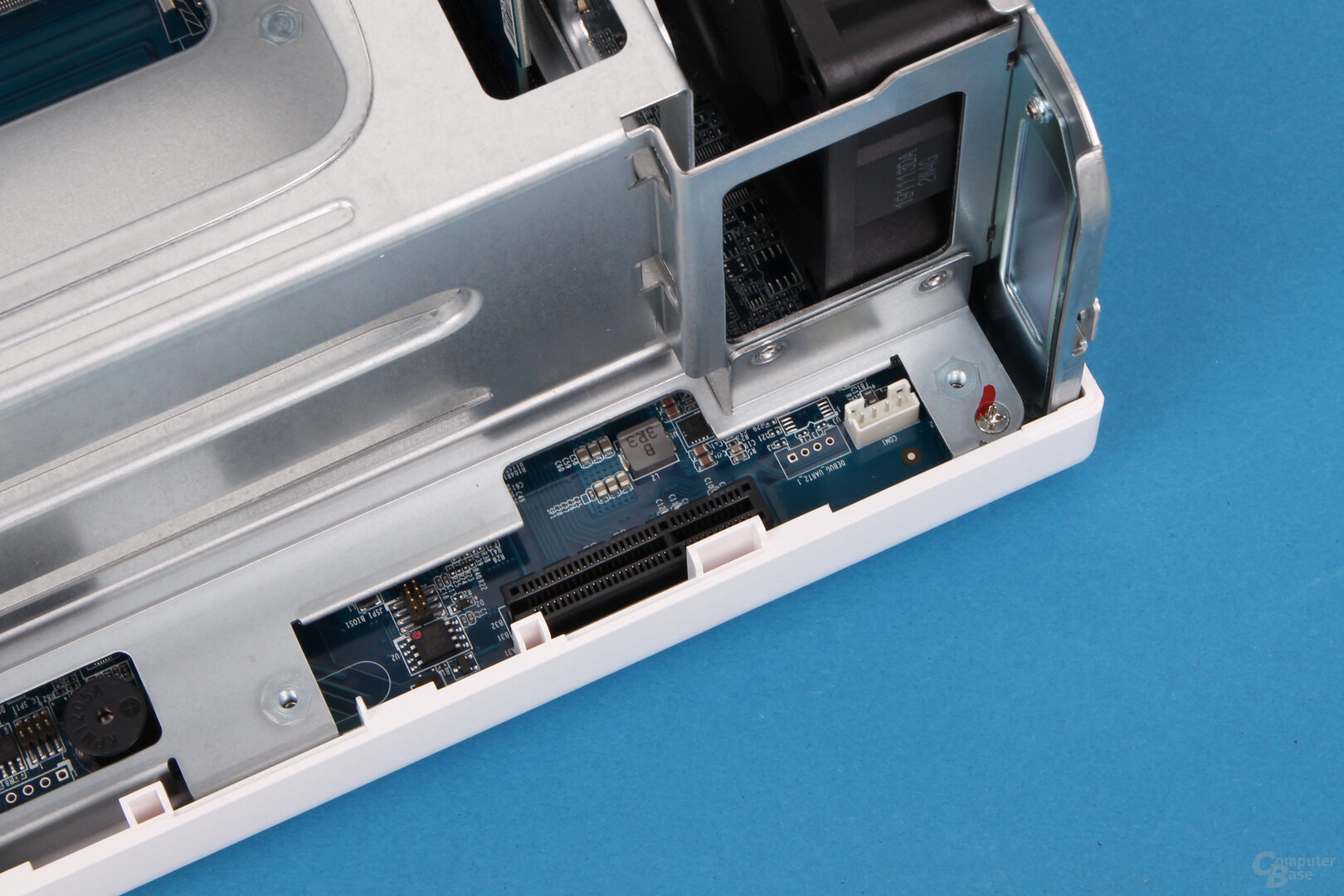QNAP TS-251D: PCIe-x4-Steckplatz
