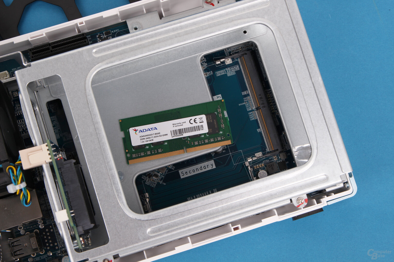 QNAP TS-251D: Ab Werk ist ein RAM-Modul verbaut