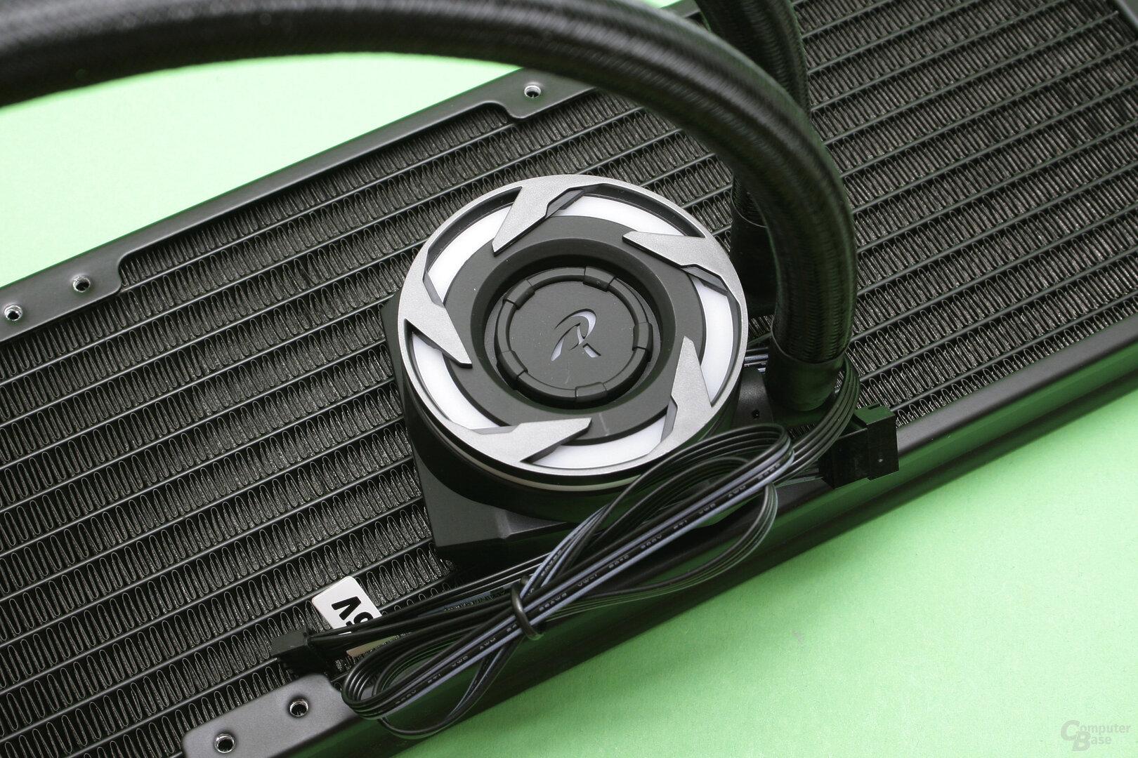 Raijintek EOS 360 RBW: Der CPU-Kühler beinhaltet ausnahmsweise keine Pumpe