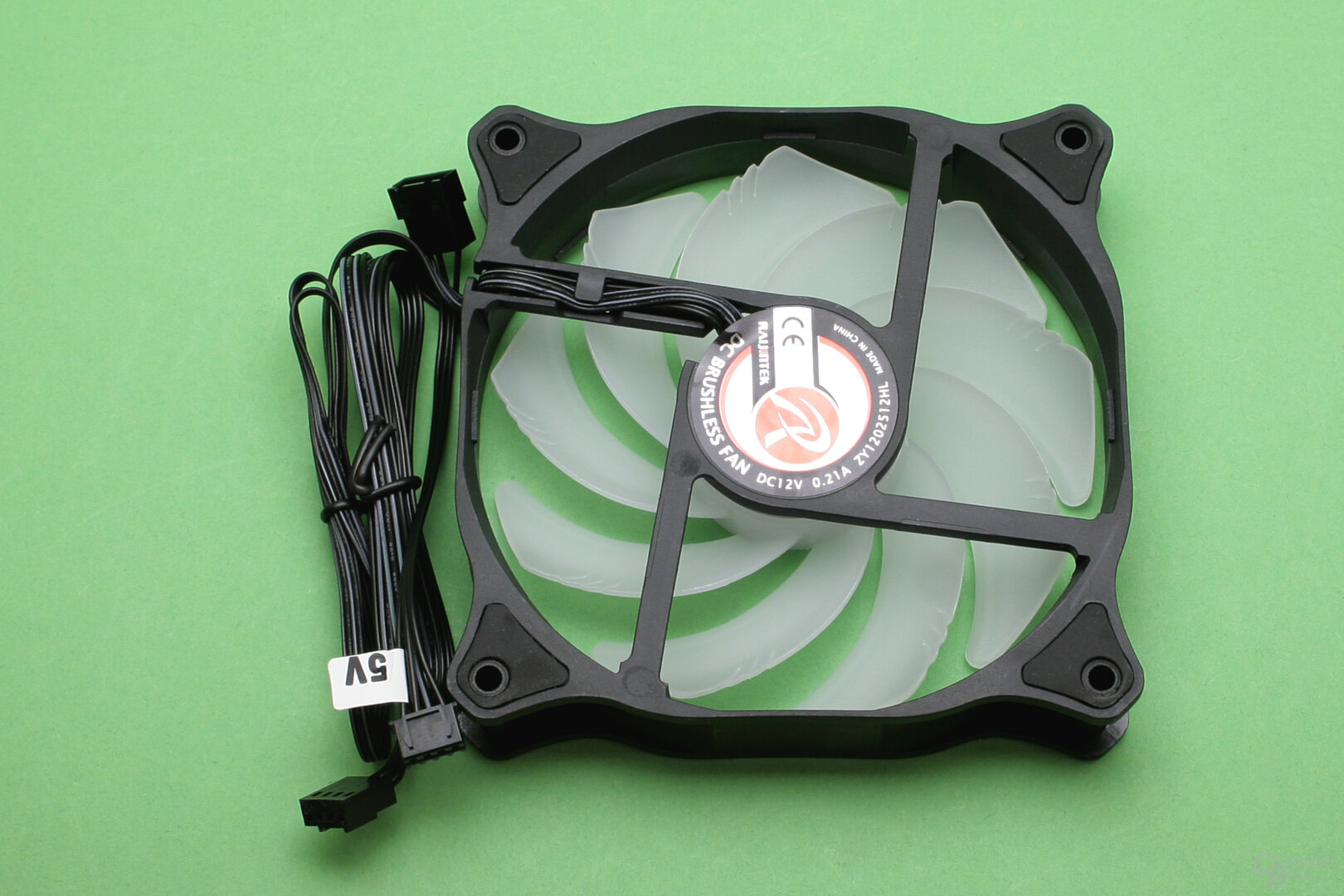 Raijintek EOS 360 RBW: 120-mm-Serienlüfter