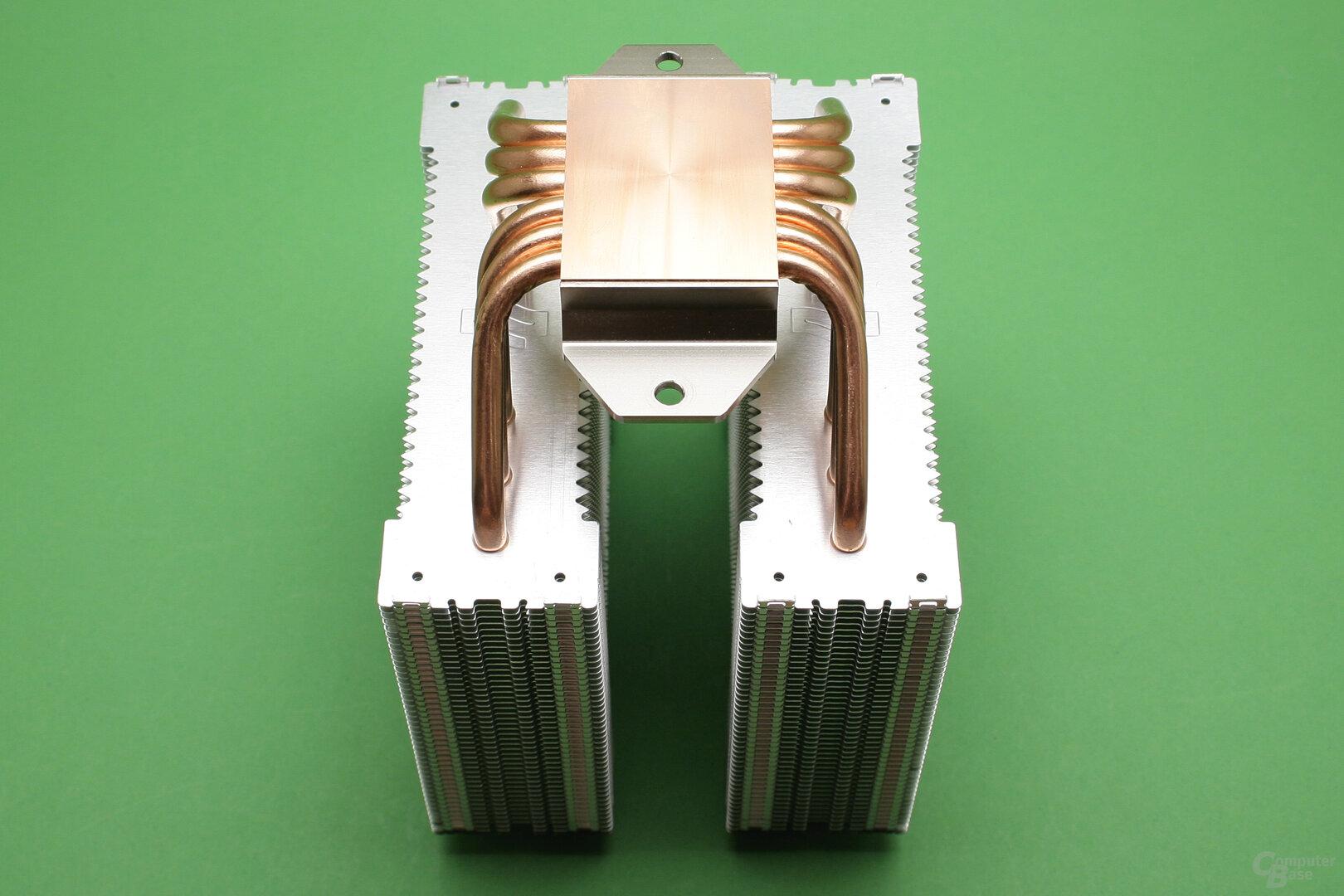SilentiumPC Grandis 3: Symmetrischer Doppelturm-Kühler mit Kupferbodenplatte