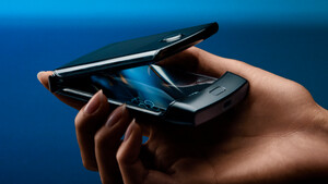 Motorola: Razr startet bei Media Markt, Saturn und O2 für 1.600Euro