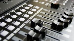 AV Linux 2020.4.10: Multimedia-Distribution auf Debian-Basis für Kreative