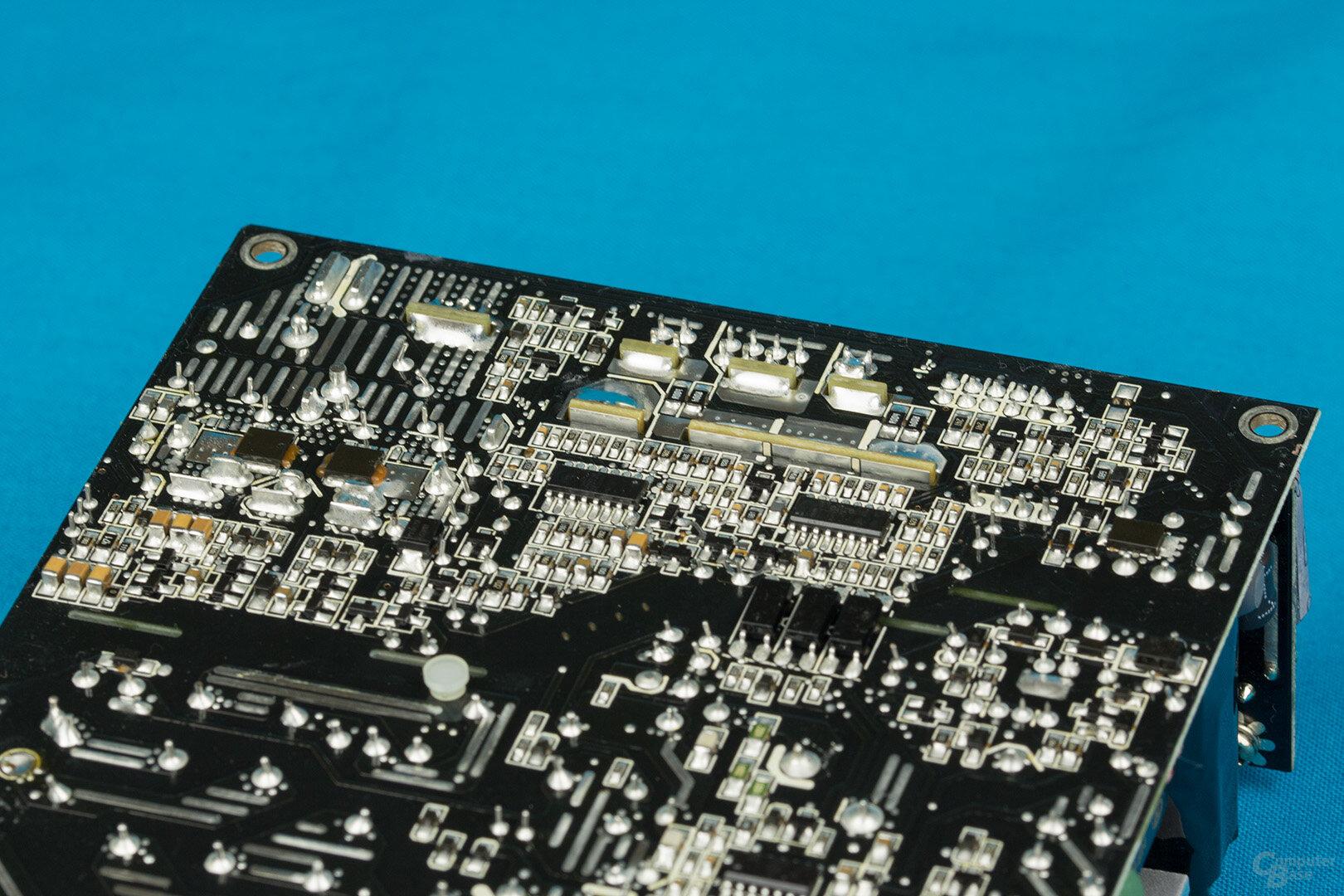 Fractal Design Ion SFX-L 500W Gold – Lötqualität Sekundärseite